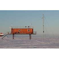 image/csm_8365_xx_antarctica-neumayr-research-institute-operation-of-lufft-snow-depth-sensor-snow-height-sensor-shm30-shm-30_06_